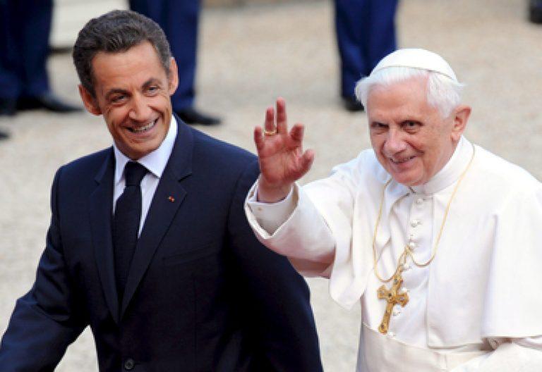 papa Benedicto XVI con Nicolas Sarzokozy visita Francia septiembre 2008