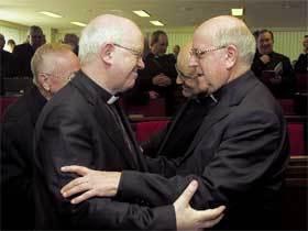 abrazos-obispos
