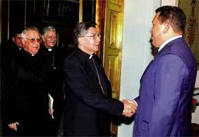 obispos-con-chavez