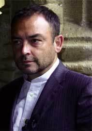 Jesús Sánchez Adalid, escritor y sacerdote
