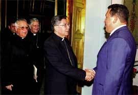 Chávez-con-obispos