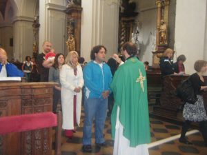 Misa para los hispanos en la Parroquia de Santo Tomás