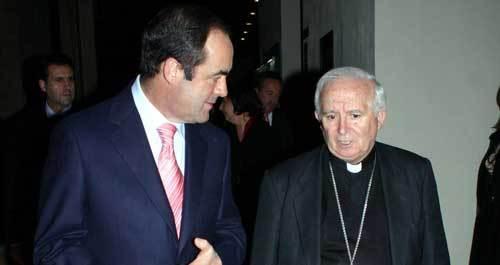 José Bono y el cardenal Cañizares, en una imagen de archivo