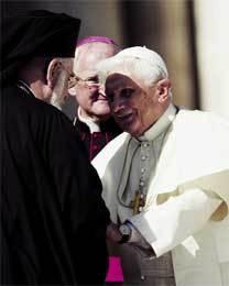 Benedicto XVI y el obispo Tichon