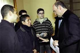Munilla-y-seminaristas