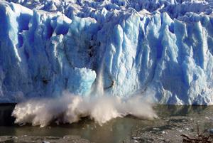 deshielo del Glaciar Perito Moreno en la Patagonia argentina