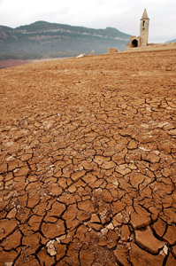 sequía y tierra rota en España