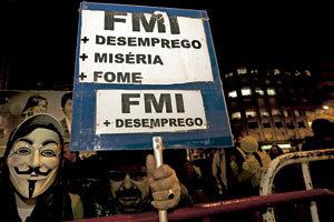 protesta ciudadana en la calle en Portugal contra la crisis