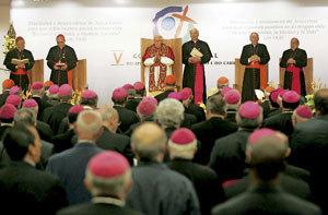 papa Benedicto XVI en Aparecida Brasil V Conferencia General CELAM 2007