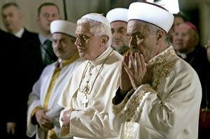 papa Benedicto XVI viaje a Estambul en 2006