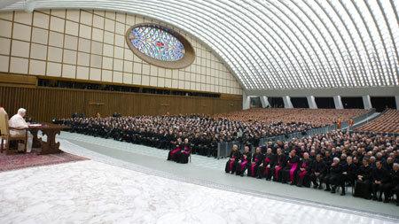 papa Benedicto XVI último encuentro con sacerdotes de Roma