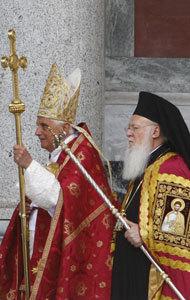 papa Benedicto XVI y patriarca de Constantinopla Bartolomé I