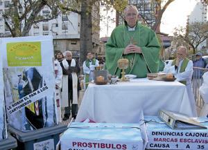 Bergoglio en Buenos Aires preside una misa por las víctimas de la trata de personas