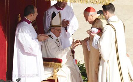 papa Francisco misa inicio Pontificado entrega del anillo del pescador