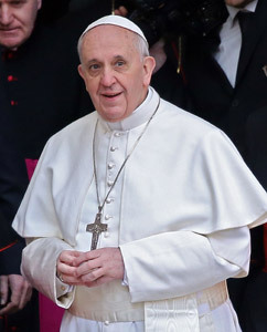 papa Francisco sale de basílica Santa María la Mayor