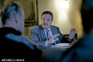Juan Rubio, director de Vida Nueva, en Encuentros Vida Nueva preparando cónclave 2013
