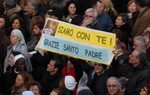 cartel de agradecimiento papa Benedicto XVI último día en Castel Gandolfo