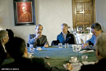 Encuentro Vida Nueva en Roma preparando el cónclave 2013