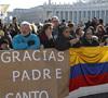 latinoamericanos despiden a Benedicto XVI Plaza de San Pedro
