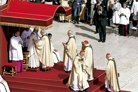 rito obediencia cardenales al papa Francisco misa de inicio del pontificado