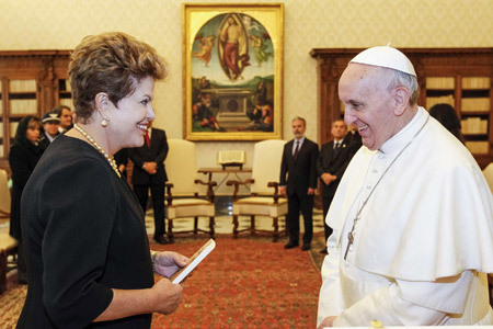 papa Francisco con Dilma Rousseff presdienta de Brasil 20 marzo 2013