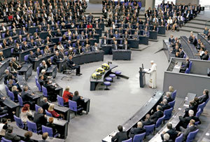 papa-parlamento-Berlin