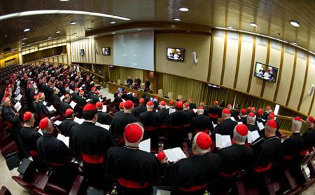 primera congregación cardenales preparatoria cónclave 2013 elegir al nuevo papa