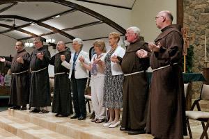 grupo de religiosos
