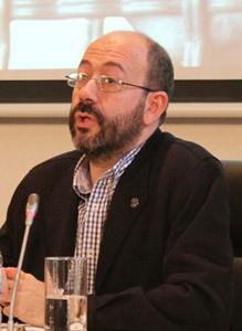 Daniel Izuzquiza, director de Pueblos Unidos presentación Informe CIE 2012