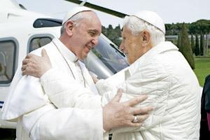 papa Francisco y papa emérito Benedicto XVI encuentro histórico 23 marzo 2013