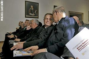 Henri Brincard, obispo de Le Puy-en-Velay Francia en el Congreso sobre la acogida en el Camino de Santiago