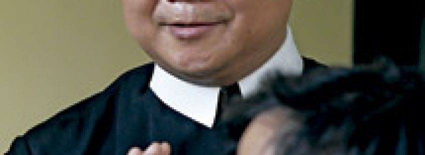 P. Joseph NguyenVan Phuong, sacerdote agredido en Vietnam