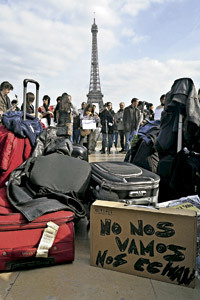 jóvenes españoles se van a Francia por la crisis