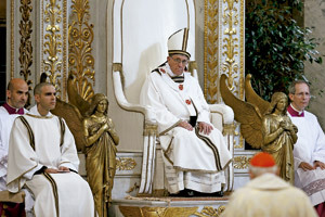 papa Francisco en la Basílica de San Pablo Extramuros 15 de abril 2013