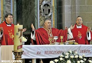 José Rodríguez Carballo el día de su ordenación episcopal en Santiago de Compostela 18 mayo 2013