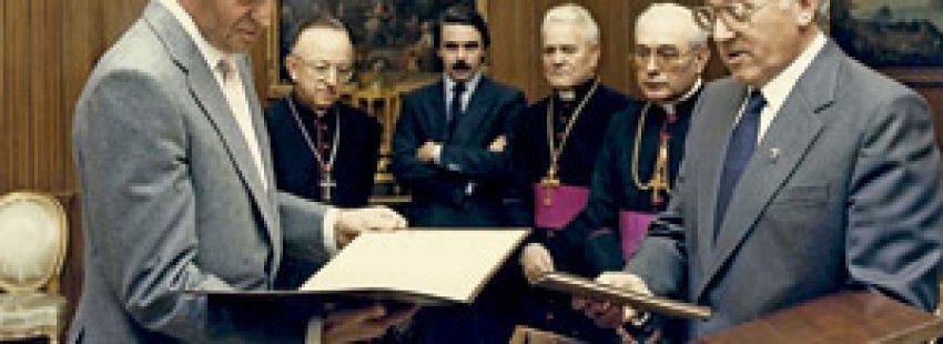 José Velicia y obispos presentan iniciativa de Las Edades del Hombre al rey Juan Carlos de Borbón