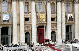 canonización en el Vaticano de las santas colombiana madre Laura y mexicana madre Lupita mayo 2013