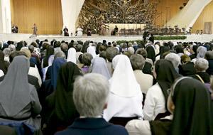 religiosas de la UISG en la audiencia general con el papa Francisco