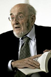 Álvaro Pombo, escritor y académico