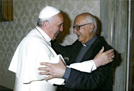 papa Francisco y José María Arnaiz junio 2013