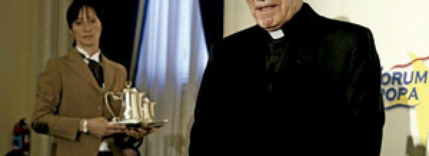 Antonio María Rouco, cardenal de Madrid, en el Fórum Europa junio 2013