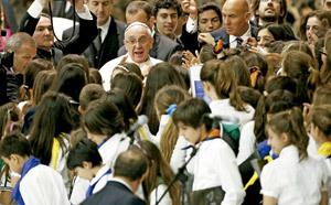 encuentro del papa Francisco con alumnos de colegios jesuitas junio 2013