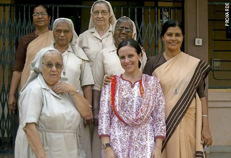 Mariola Miguélez, en la India, laica miembro de Prokarde, ONG de las Carmelitas Misioneras