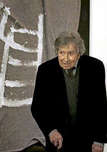 Antoni Tàpies, pintor catalán