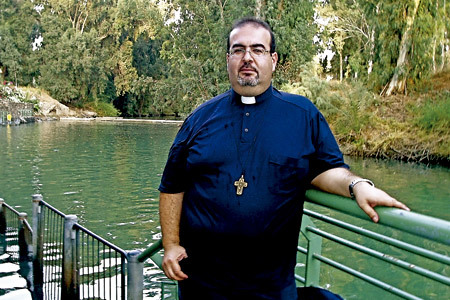 Stefano Nastasi, párroco de Lampedusa