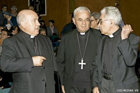 Vicente Jiménez, Renzo Fratini y Elías Royón 19 Asamblea CONFER noviembre 2012