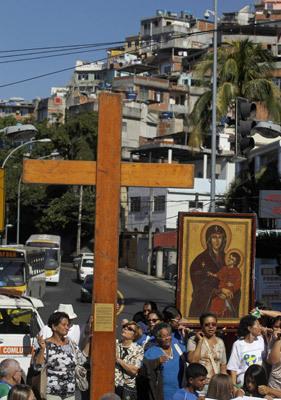 cruz de la JMJ peregrina en Río de Janeiro