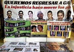México manifestación pública de familiares de desaparecidos