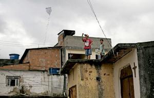 favela barrio de viviendas pobres en Brasil