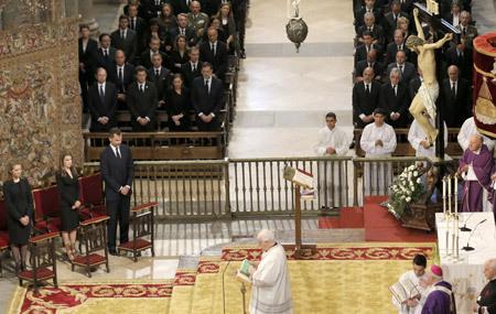 funeral por las víctimas del accidente ferroviario en Santiago de Compostela 29 julio 2013. Foto: EFE